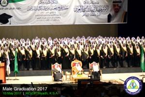 2017-graduation-male-05