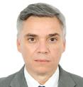الأستاذ الدكتور أشرف كامل